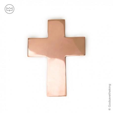 croix murale, cette croix religieuse est une croix en cuivre massif